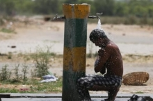 وفاة «800» شخص بسبب موجة الحر الهندية