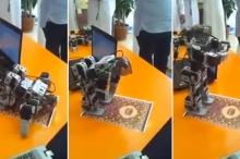 """بالفيديو.. روبوت """"يؤدي"""" الصلاة"""