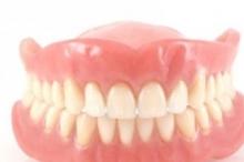 معلومة عجيبة... هل تعلم من هو أول من صنع الأسنان ...