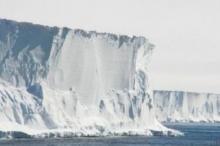 أدلة علمية جديدة تظهر سرعة ذوبان الجليد في القارة القطبية ...