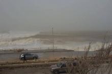 سواحل البحر المتوسط تشهد اضطراباً عنيفاً وارتفاعاً كبيراً في الأمواج ...