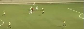 """بالفيديو: هدف """"مارادوني"""" عالمي في الدوري الفلسطيني"""