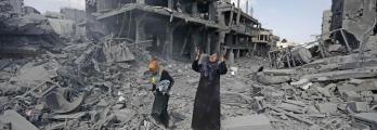 هل تحولت الأمطار في غزة من نعمة إلى نقمة!... المياه مريضة والعلاج سياس ...