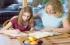 5 نصائح للآباء عند المذاكرة مع الأبناء بفترة الامتحانات