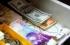 الدولار والدينار يستمران بالارتفاع والشيكل ينحدر بقوة